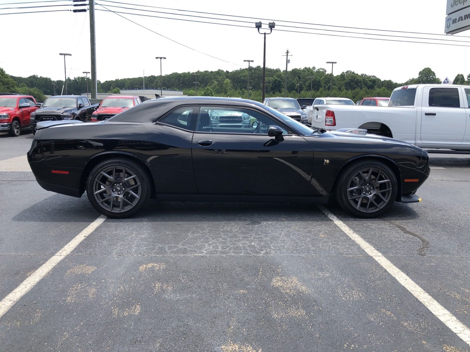Pre-Owned 2019 Dodge Challenger R/T Scat Pack