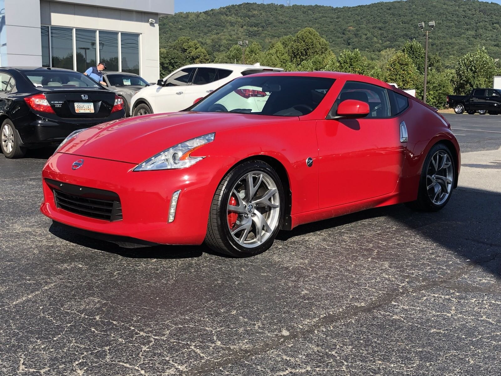 Pre-Owned 2014 Nissan 370Z